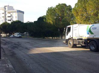 Taranto, continua l'attività di sanificazione delle strade