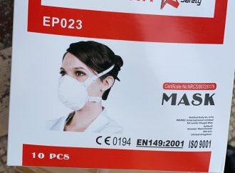 Puglia, arrivate le 35mila mascherine acquistate dalla Cina: sono per gli ospedali Covid