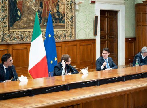 """Cgil, Cisl, Uil: """"Cis Taranto, progetti stralciati e somme mancanti. Serve chiarezza"""""""