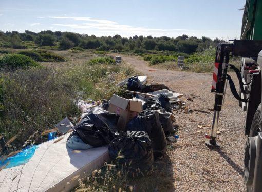 Litoranea, ripulita l'isola amministrativa di Taranto