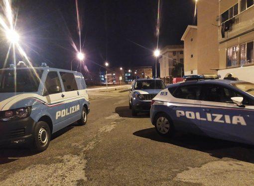Taranto, spacciavano fino a mille dosi di cocaina al giorno. 5 arresti della Polizia