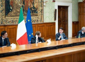 Cis Taranto, vertice a Palazzo Chigi. Faccia a faccia Conte-Melucci