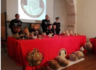 Trafficanti d'arte, tombaroli, falsari, così il crimine lucra sulla cultura