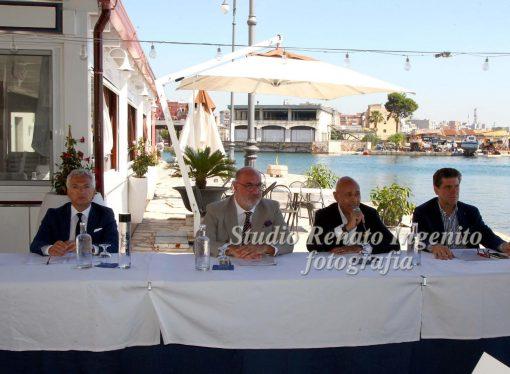 Confindustria Taranto: l'innovazione per uscire dalla crisi del tessile-abbigliamento