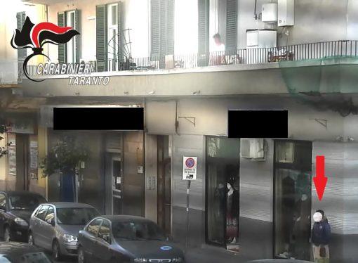 Taranto: blitz dei carabinieri, scoperto traffico di droga al Borgo. 9 arresti