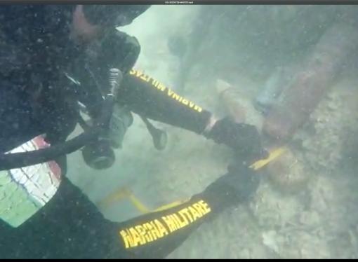 Una bomba d'aereo e proiettili nel mare di San Vito, i sub della Marina rimuovono resti di Guerra