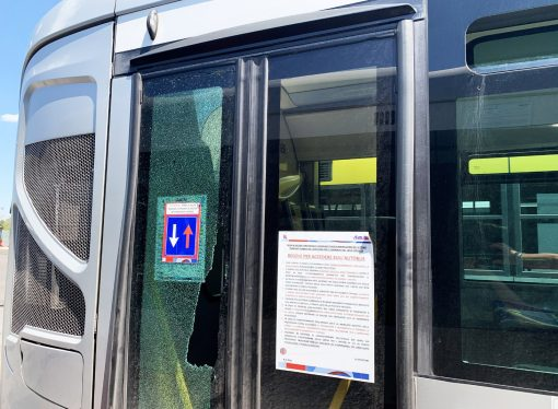 Taranto, atti vandalici su bus Amat. Ferito un autista