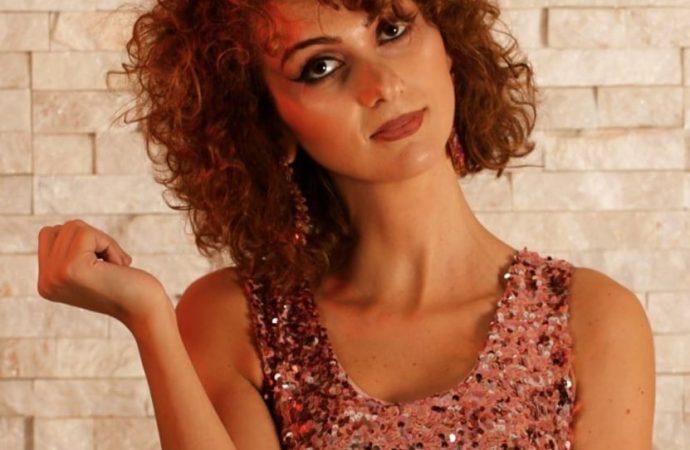 Ecco Antonella, l'outsider… al suo terzo singolo