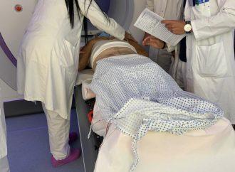 Radioterapia, nuovo apparecchio al Moscati