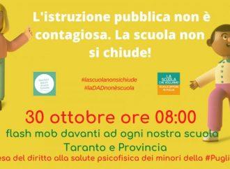 """""""La Dad non è scuola"""", flashmob a Taranto contro lo stop alle lezioni in presenza"""