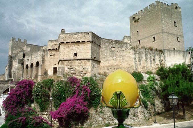 Grottaglie, i ceramisti decoreranno la scalinata del Quartiere delle Ceramiche