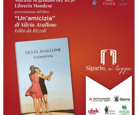 Silvia Avallone presenta il suo nuovo libro al Fusco di Taranto