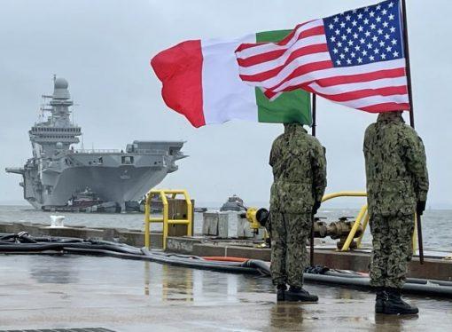 Nave Cavour, da Taranto a Norfolk (USA). Il saluto dell'ambasciatore italiano