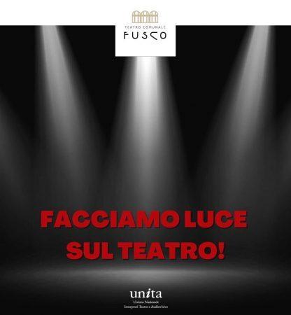 Taranto, il Teatro Fusco si illumina contro la crisi del settore spettacolo