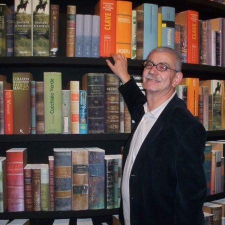 Taranto, lutto nel mondo della Cultura: è morto Tommaso Anzoino
