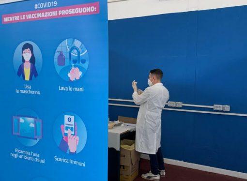 Vaccinazioni, ieri in provincia di Taranto somministrate quasi 2500 dosi
