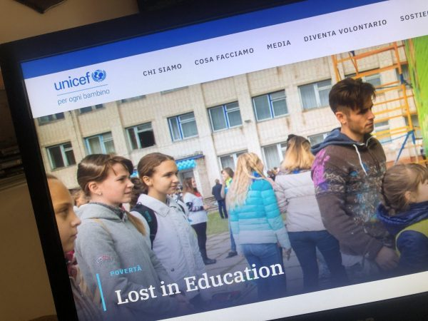 Lost in education Unicef Italia, domani a Taranto la firma del Patto Educativo