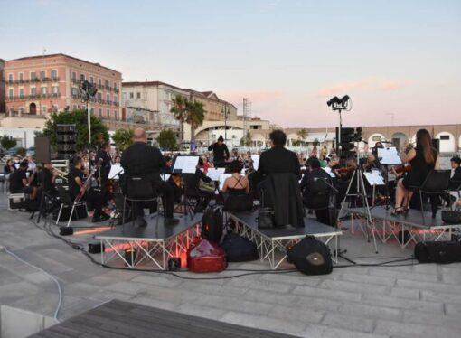 "Taranto, il Magna Grecia Festival porta Beethoven sul Molo Sant'Eligio <span class=""dashicons dashicons-calendar""></span>"